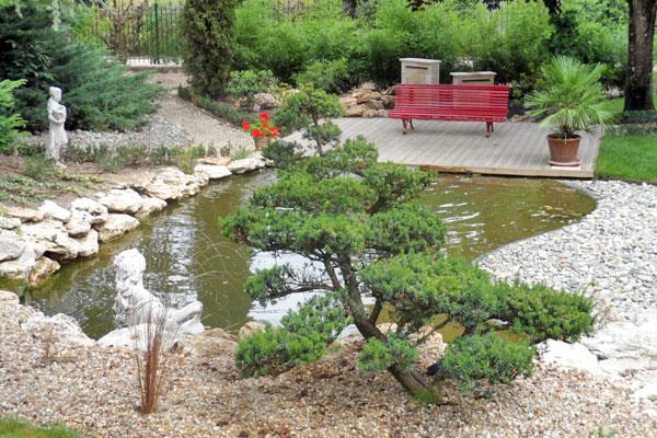 Un Jardin Japonais Ecrin Naturel D Un Vieux Manoir Gamm Vert