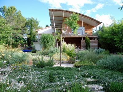 Un jardin méditerranéen sans arrosage   Gamm vert