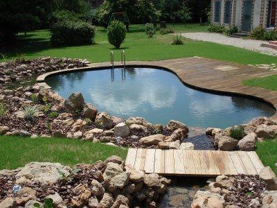 Une piscine naturelle de 30m jardins de paysagistes for Prix piscine biologique