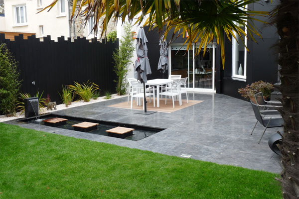 Un jardin contemporain pur avec terrasses jardins de - Idee terrasse contemporaine ...
