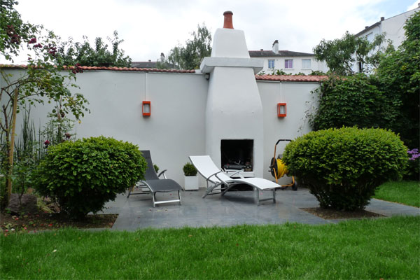 Un jardin contemporain pur avec terrasses jardins de paysagistes - Coin barbecue jardin ...