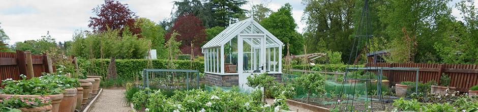 Choisir sa serre de jardin en verre | Gamm vert