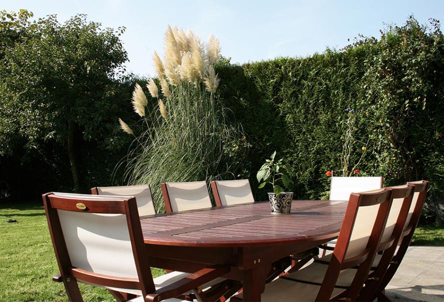 Un salon de jardin dînatoire   Gamm vert