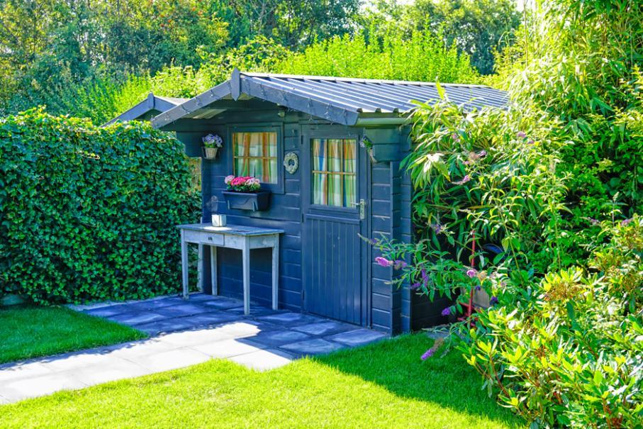 Abris de jardin: réglementation, montage, entretien ...