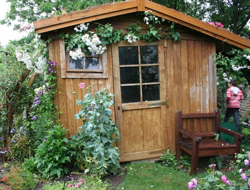 abris de jardin r glementation montage entretien le magazine gamm vert. Black Bedroom Furniture Sets. Home Design Ideas