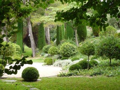 Un jardin d inspiration italienne en provence jardins de for Jardin italien